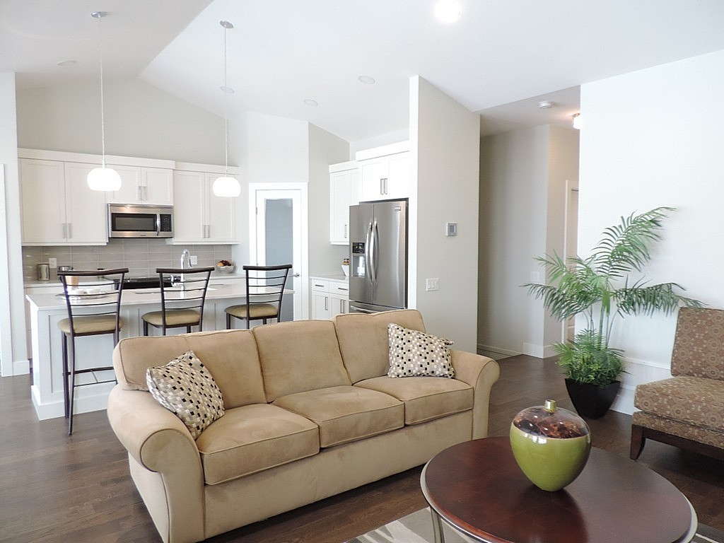 Living Room – Dilworth Quality Homes