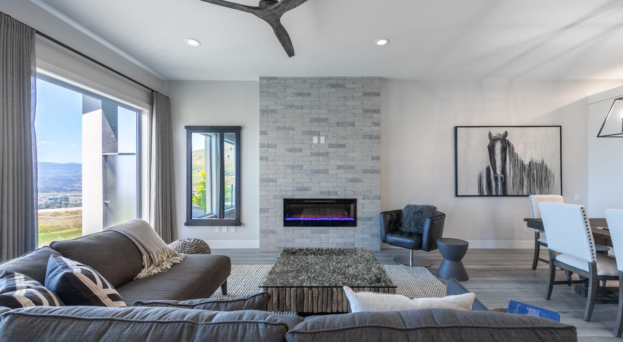 TGR – Living Room & Kitchen